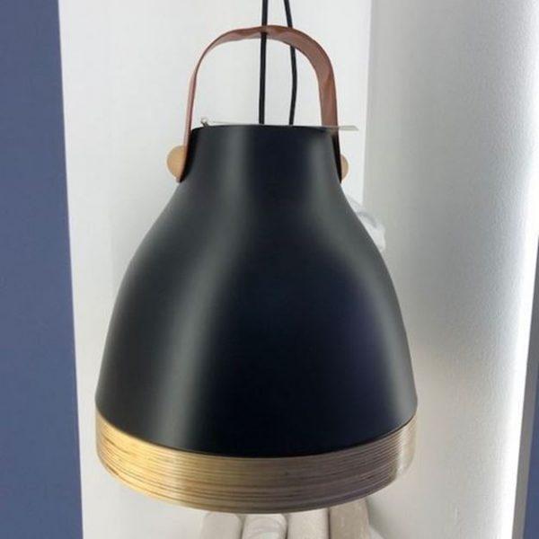 Moderna kvalitetna visilica Legno s drvenim i kožnim elementima